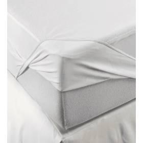 Protector de colchón de poliuretano.